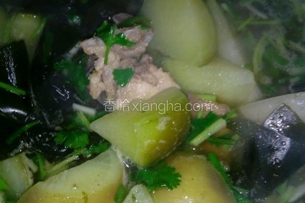 排骨海带萝卜汤