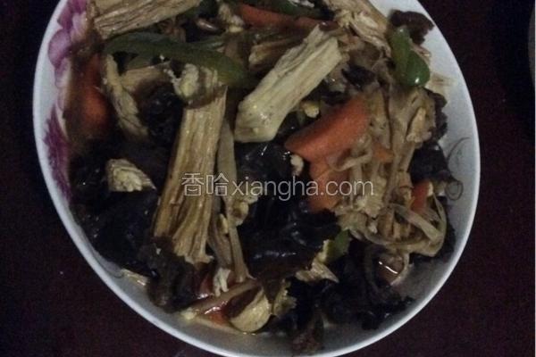 炒木耳腐竹黄花菜
