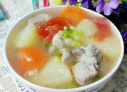 土豆蕃茄排骨汤