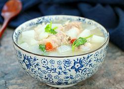 清炖大骨头萝卜汤
