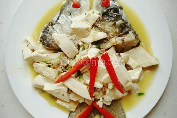 鱼头炖豆腐(幼儿食谱)