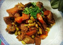 胡萝卜毛豆烧排骨