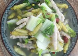 泡椒凤爪炖白菜