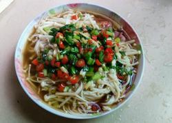 辣椒葱油淋金针菇