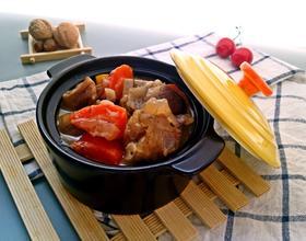 洋葱胡萝卜羊肉煲