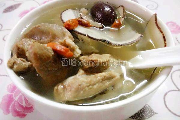 海底椰淮山猪骨汤