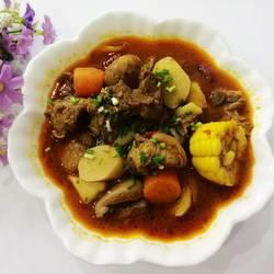 火锅料炖羊肉
