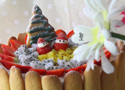 一款低脂缤纷水果蛋糕迎圣诞