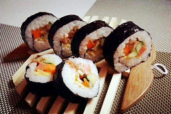 辣白菜寿司卷