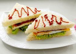 培根煎蛋三明治