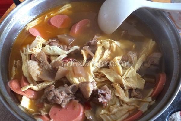酸萝卜鸭汤