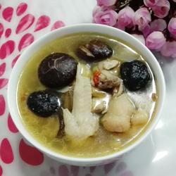 老母鸡炒酒香菇汤