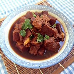 大酱炖牛肉