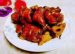 莲藕猪脚煲