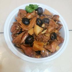 野鸡香菇烧冬笋