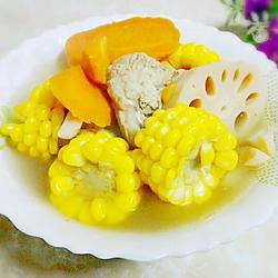 胡萝卜莲藕猪骨汤