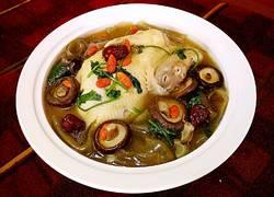 香菇粉皮参鸡汤煲