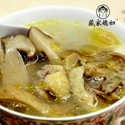 藏家盐渍菌炖土鸡