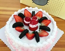 8寸草莓奶油蛋糕[圖]