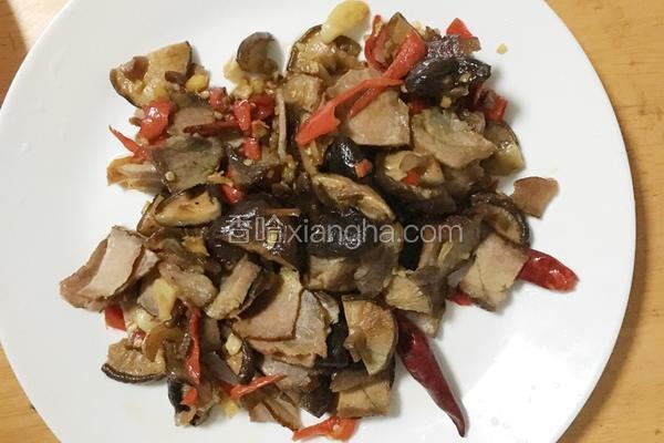 干菇炒腊肉