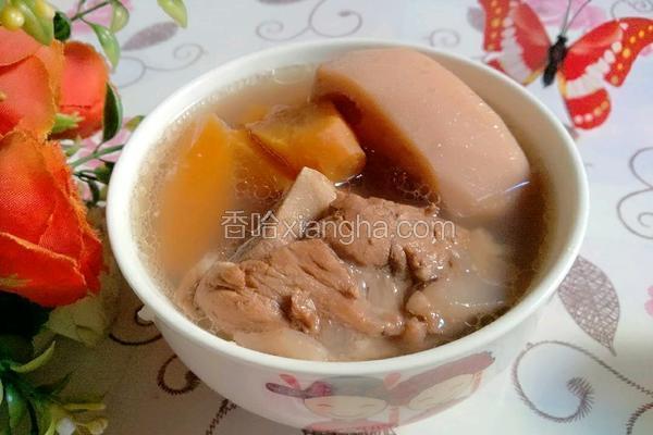 红萝卜莲藕猪骨汤