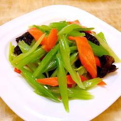 涼拌芹菜的做法[圖]