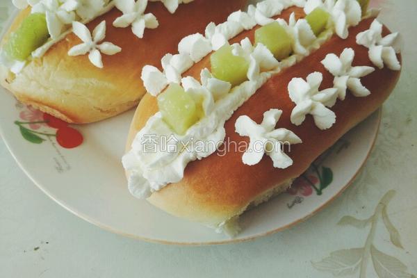 猕猴桃奶油夹心面包