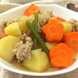 猪肉煮土豆(日式料理)