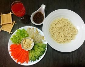 老北京炸酱面[图]