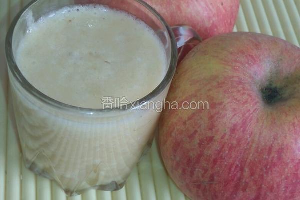 菠萝苹果香蕉汁
