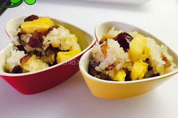 红枣菠萝干果糯米饭