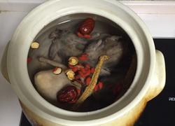 斑鸠乳鸽汤