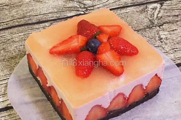 草莓酸奶慕斯蛋糕(6寸)