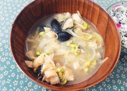 鳕鱼香菇豆芽汤