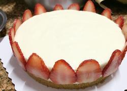 草莓冻芝士蛋糕(不用烤箱)