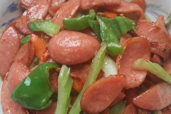 芹菜炒火腿
