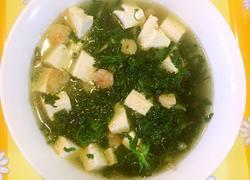 荠菜虾仁豆腐汤