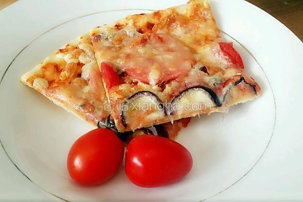 薄底火腿披萨