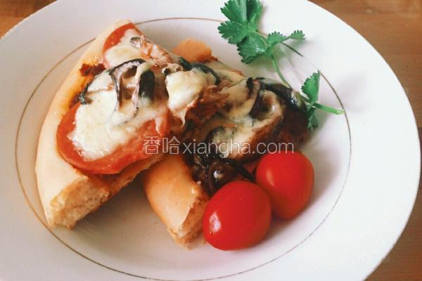 厚底蘑菇火腿披萨