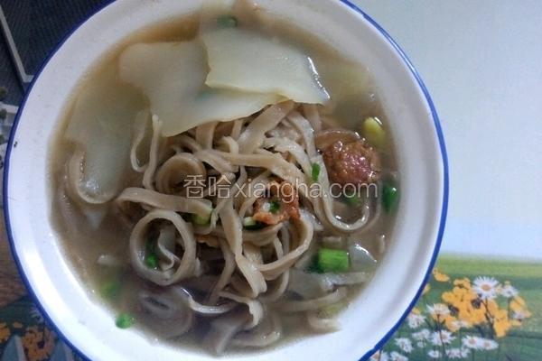 鱼面菜头汤