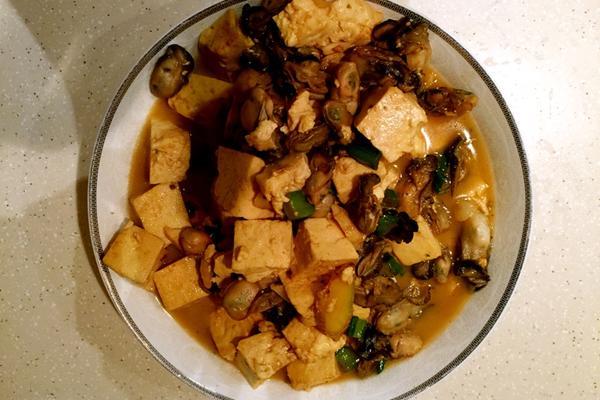 牡蛎炖豆腐