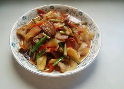 老坛泡菜炒肉片