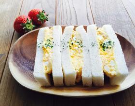 鸡蛋三明治[图]