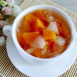 木瓜梨子银耳汤