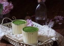 抺茶杯装提拉米苏