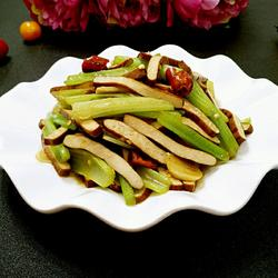 芹菜炒香干