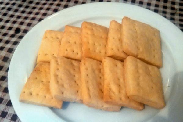 奶盐苏打饼干