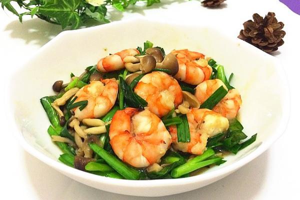 蚝油蟹味菇韭菜炒虾仁