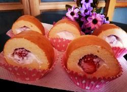 草莓蛋糕卷