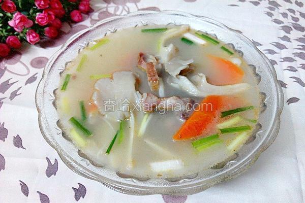 杂菌胡萝卜咸骨汤